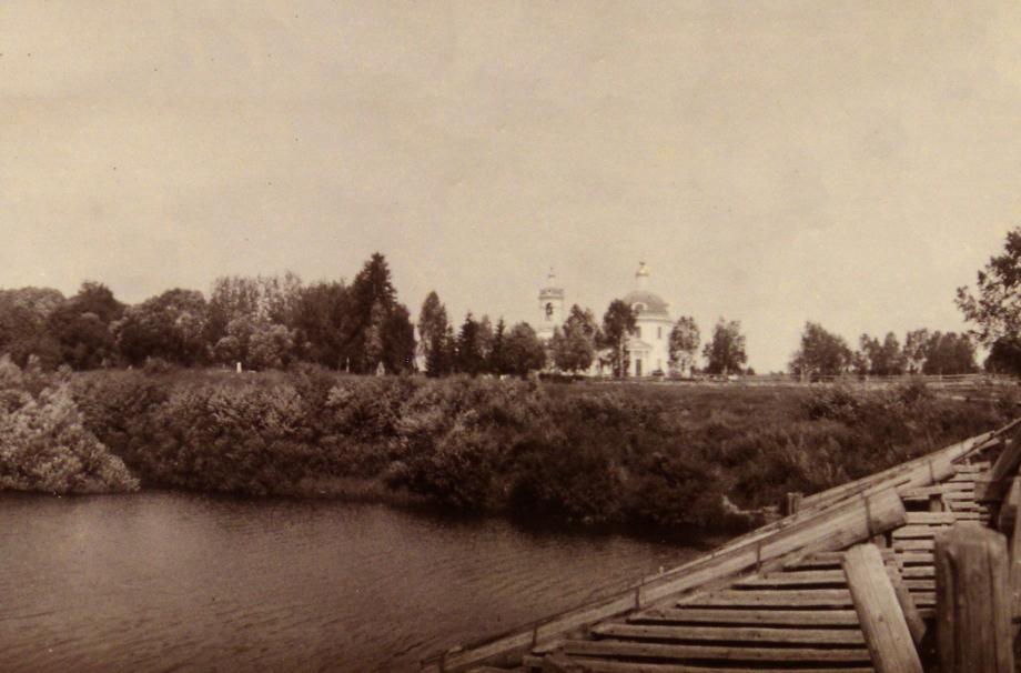 Село Таширово.  Река Нара и Покровский храм.  1910. ОР РГБ