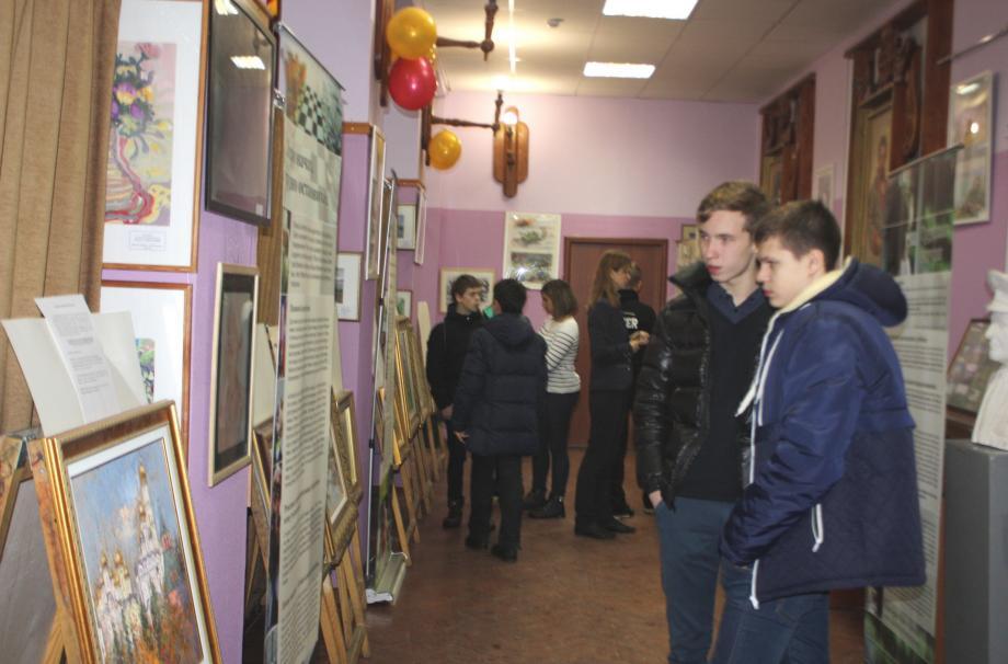 выставка картин наро-фоминского  художника Горшкова Геннадия.